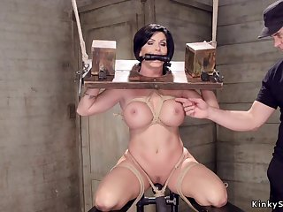 Huge titties Housewife slit made hallow with toy