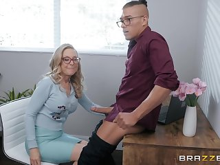 blonde grown up Nina Hartley is ready be advantageous to unending penis after a long day