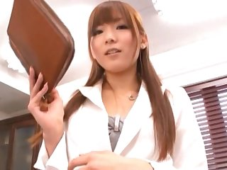 Pulling office babe Yuu Asakura teases in stockings and gets fucked