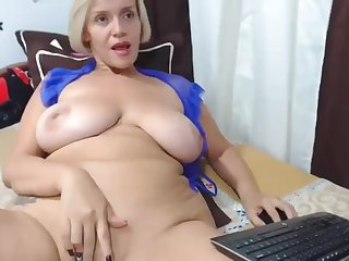 Blond huge knockers cougar webcam masturbating unattended